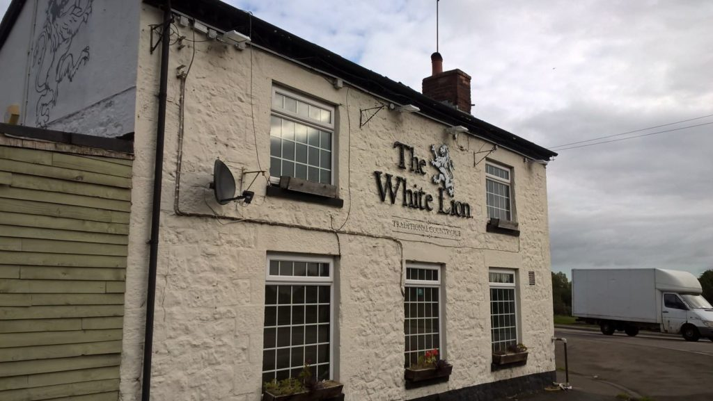 The White Lion, Llynclys Cross, Oswestry, SY10 8LJ