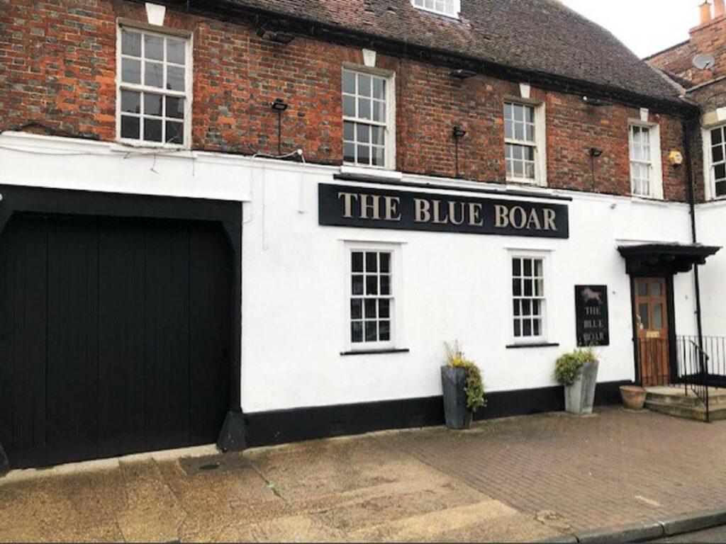 Blue Boar, 4 Newbury Street, Wantage, OX12 8BS